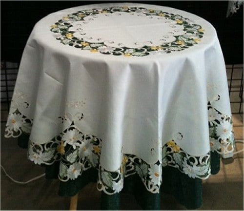 "White and Yellow Daisy 68"" Round Table Cloth"