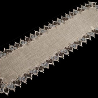 neutral two tone lace table runners