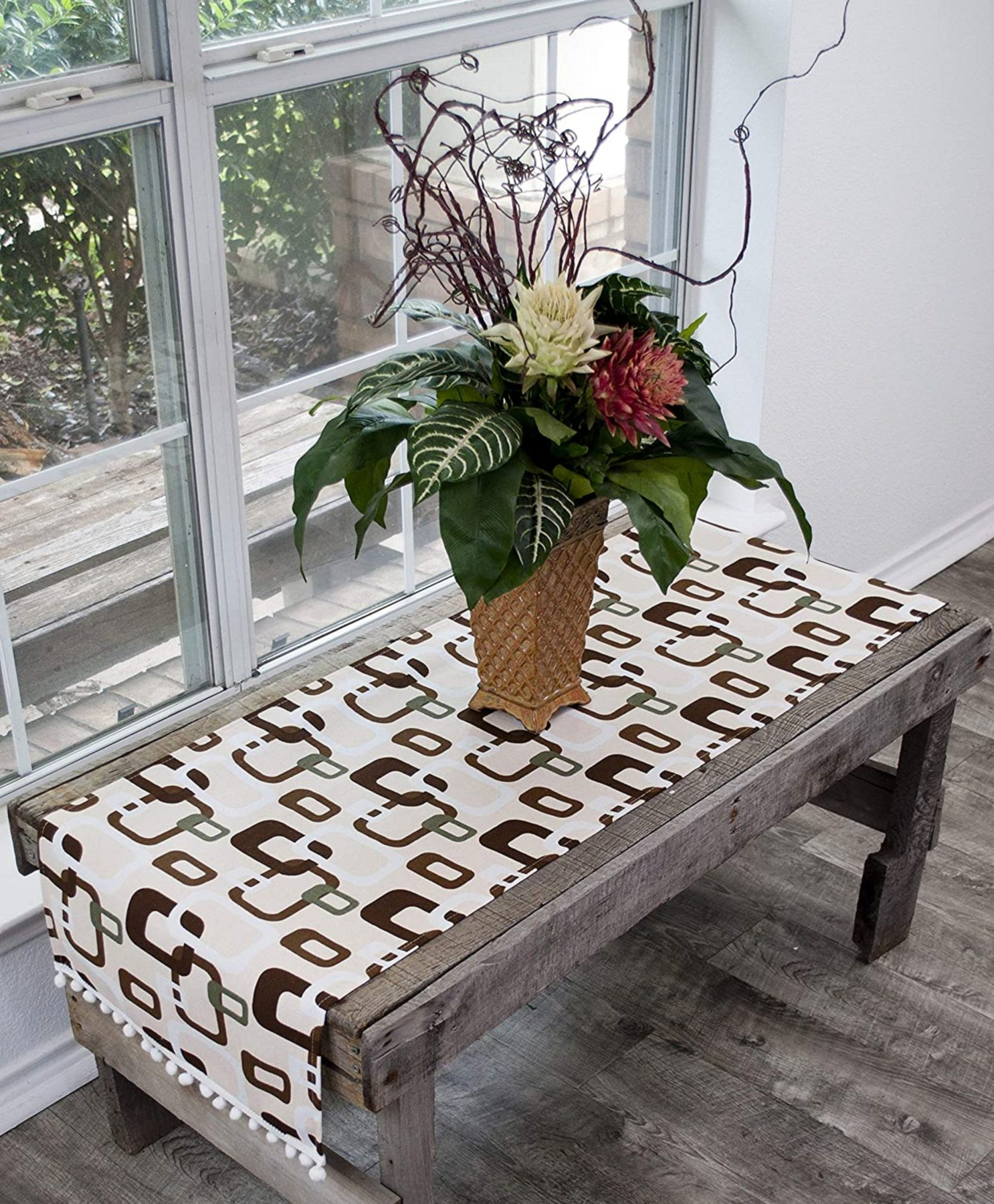 table runner with brown triangular squares on ivory