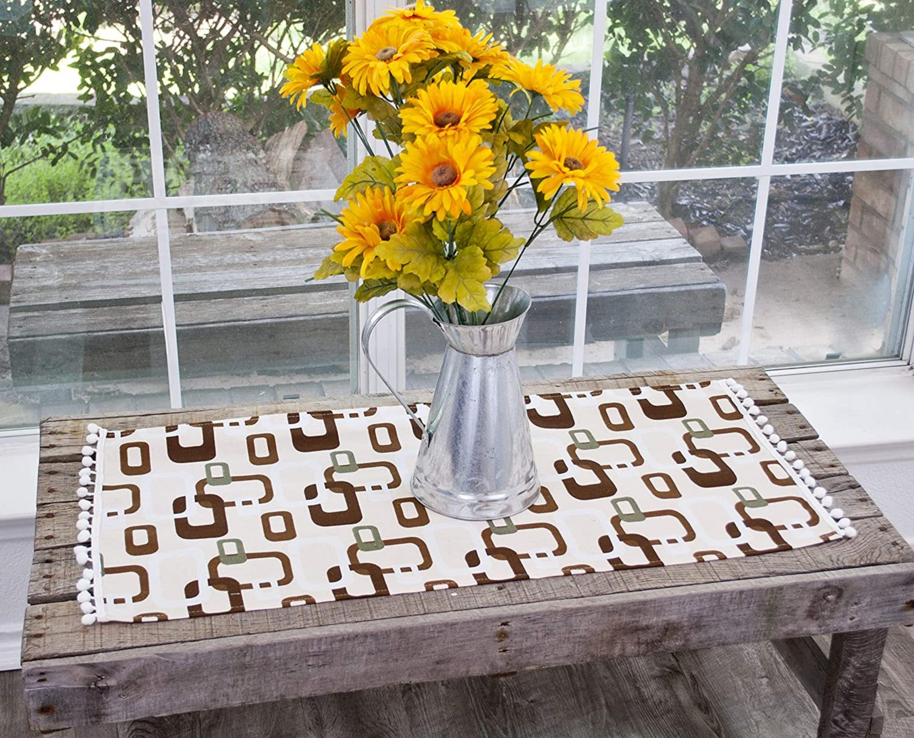 table runner with brown triangular squares on ivory – 16.5 x 88.5